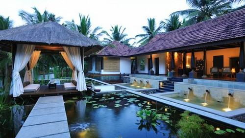 Kerala Hotel Booking